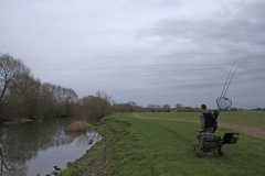 Alan-keeps-mobile_-fishing-several-swims-over-the-coures-of-a-session